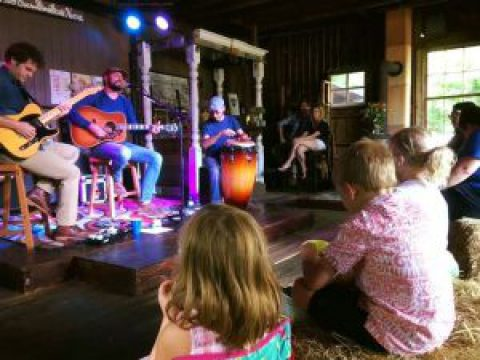 Barn concerts for the arts