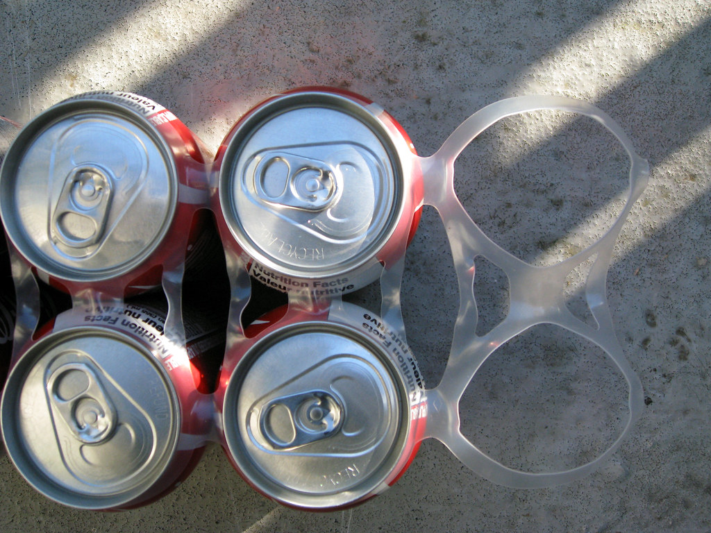 Photo of 6-pack ring by Ruth Hartnup